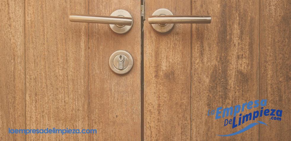 Arreglar una puerta de madera aprende a hacerlo f cilmente - Arreglo de puertas de madera ...