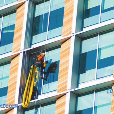 limpieza en altura de ventanas y cristales sin dejar rastro ni marca