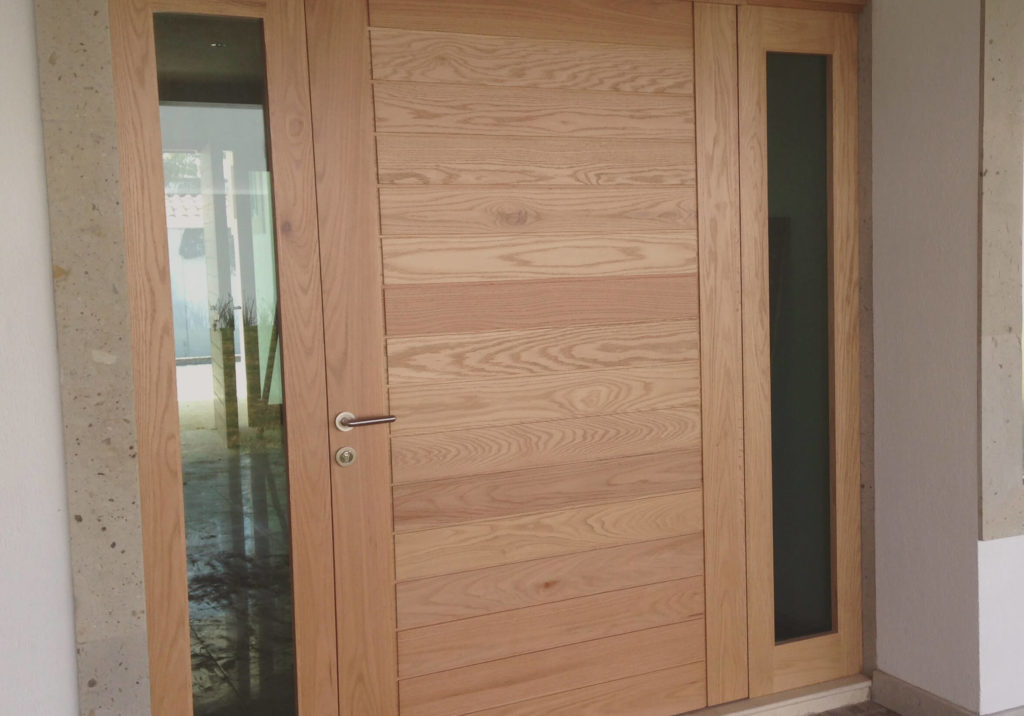 Arreglar una puerta de madera aprende a hacerlo f cilmente for Puertas de madera maciza exterior