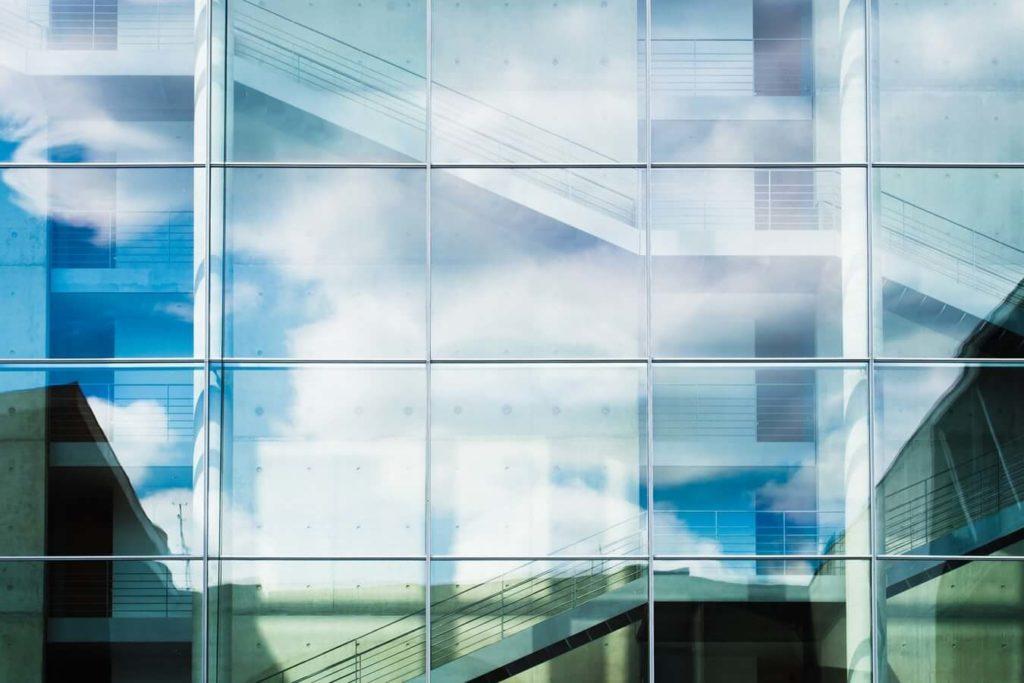 limpiar muros de vidrio