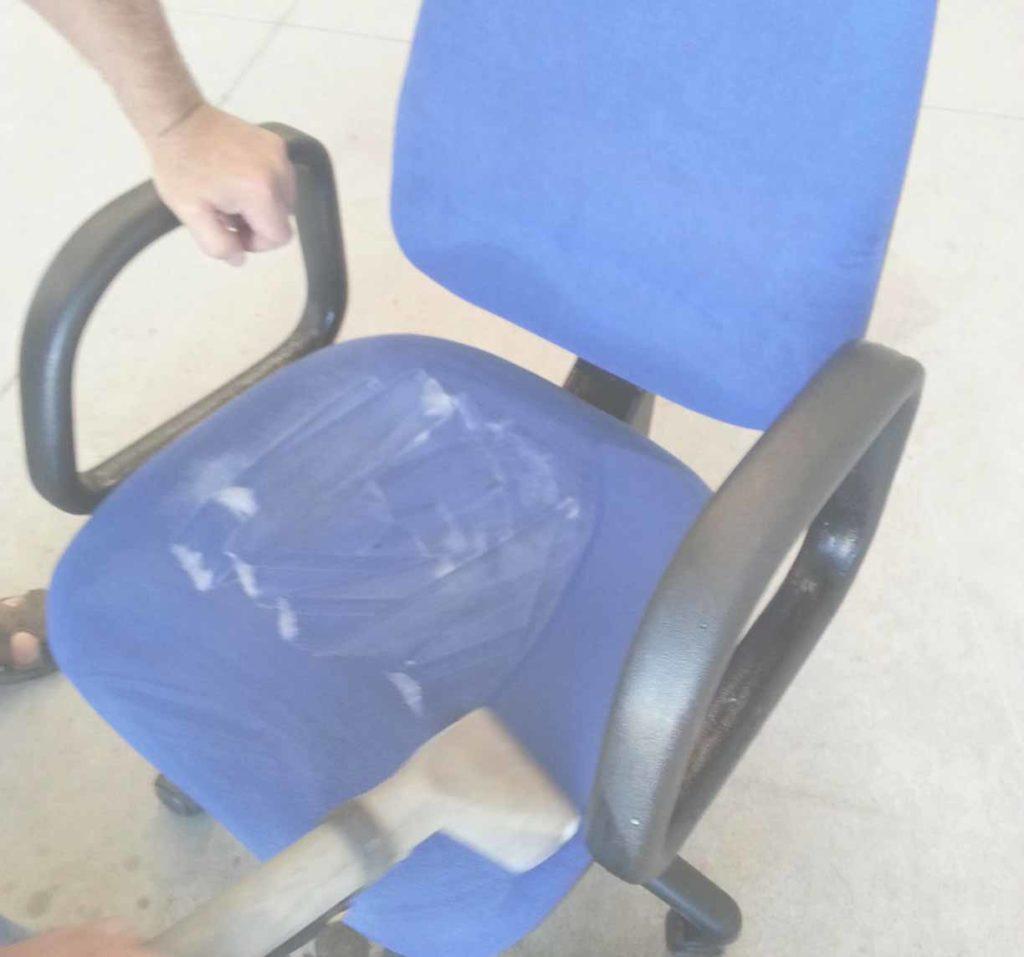 Limpieza-de-sillas-de-oficina
