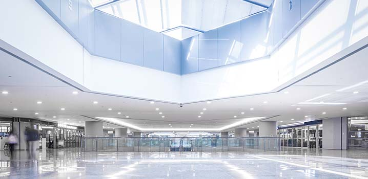 techo futurista limpio