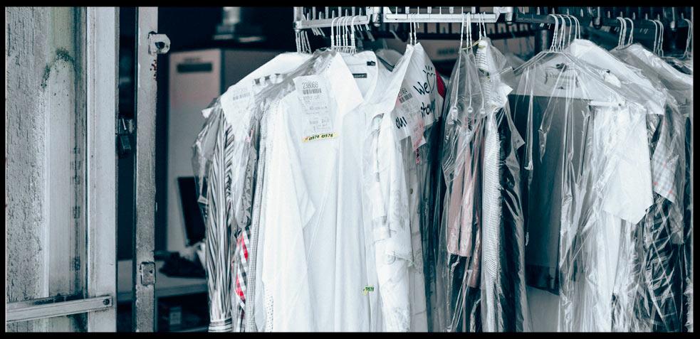 quitar-manchas-de-tinta-en-ropa-blanca