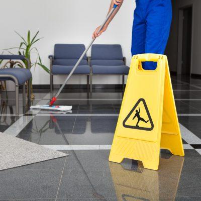 limpieza de oficinas en La Llagosta
