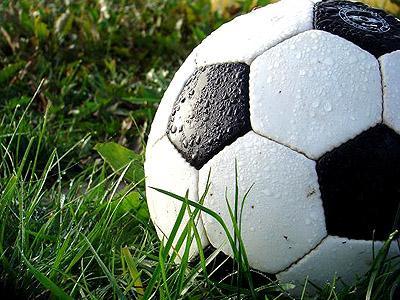 Cómo limpiar un balón de fútbol
