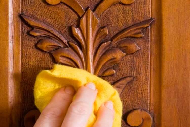 Cómo limpiar muebles de madera