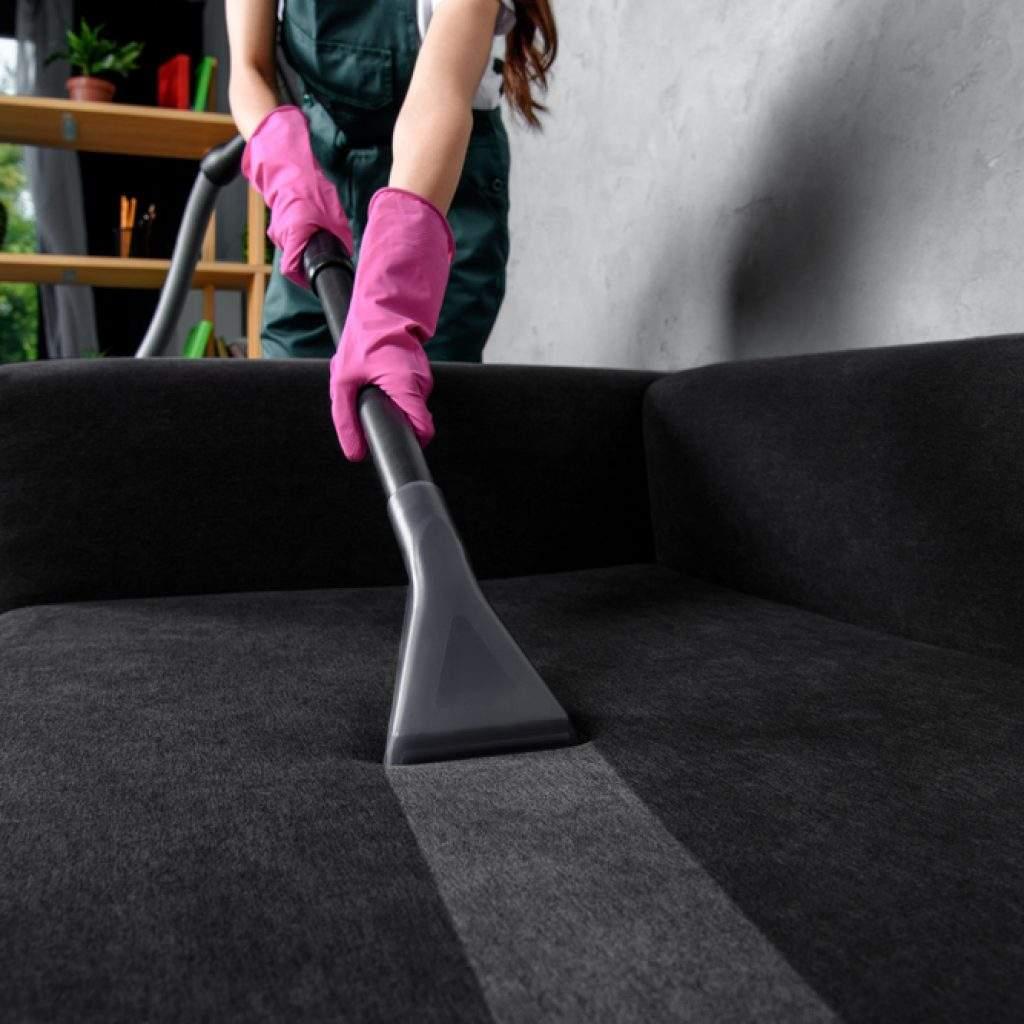 Limpieza de muebles y tapizados