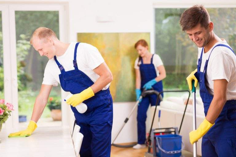 procedimiento de limpieza en casa