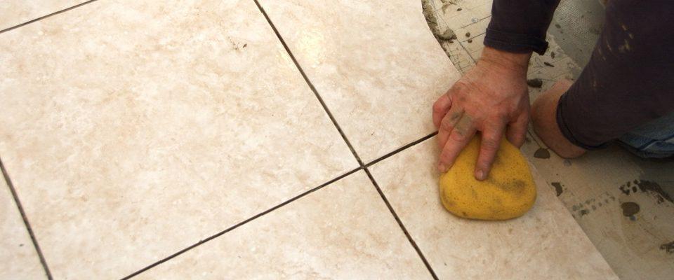 limpiar suelo de gres con vinagre