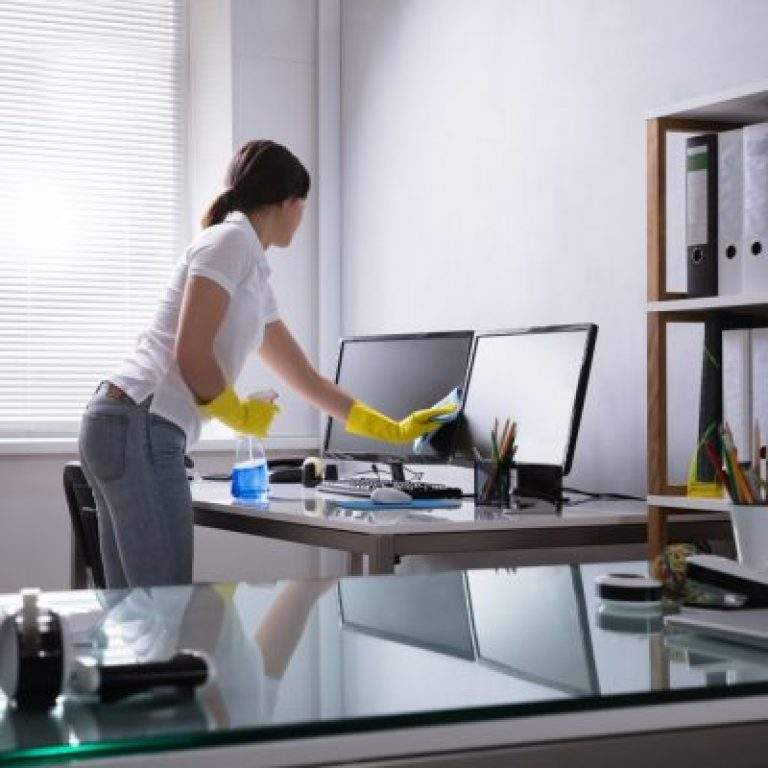 limpieza de monitores