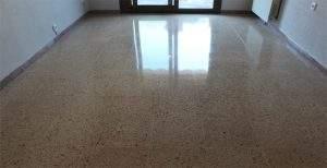 cómo limpiar suelo de terrazo muy sucio