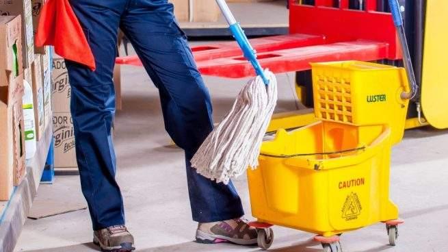 limpiar suelo porcelánico con amoniaco