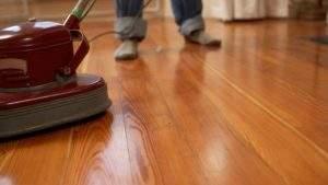Cómo abrillantar pisos