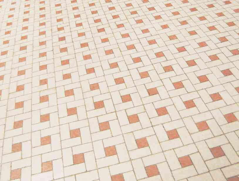 limpiar suelo cerámico poroso