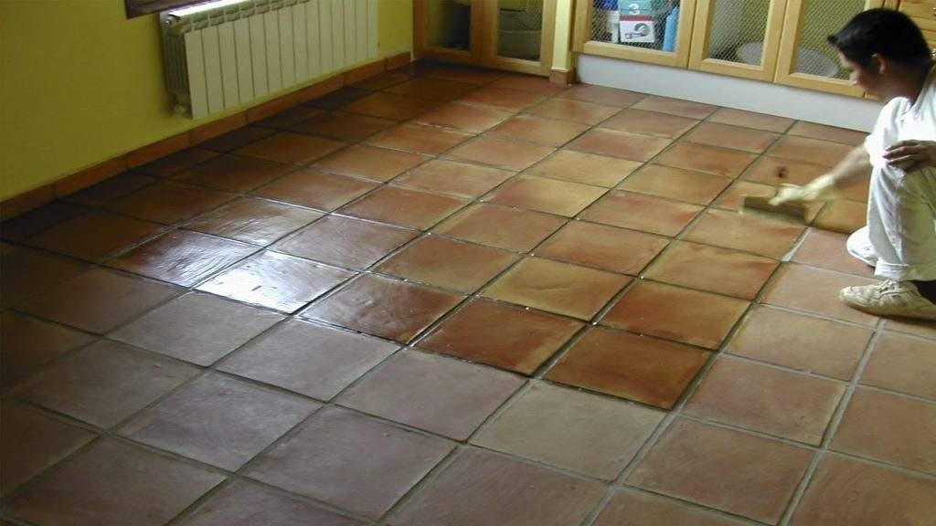 Cómo limpiar pisos de cerámica