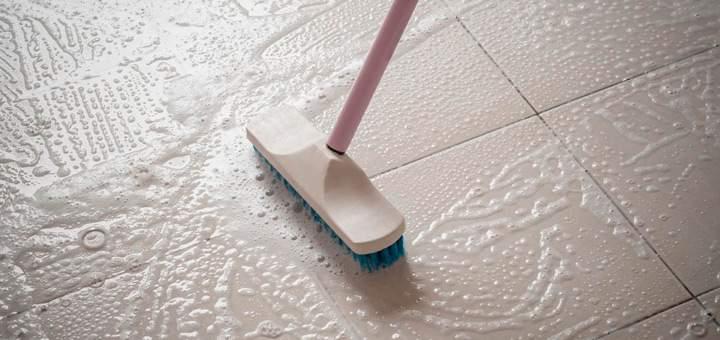Cómo limpiar piso de cerámica