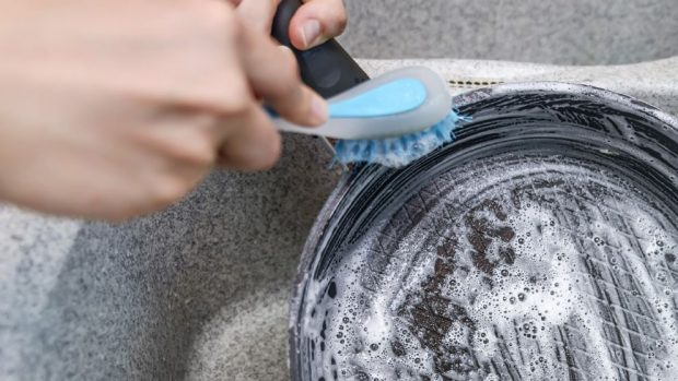 Limpiar sartenes