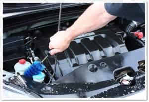 Cómo limpiar el motor de un coche