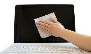 Limpiar la pantalla del portátil