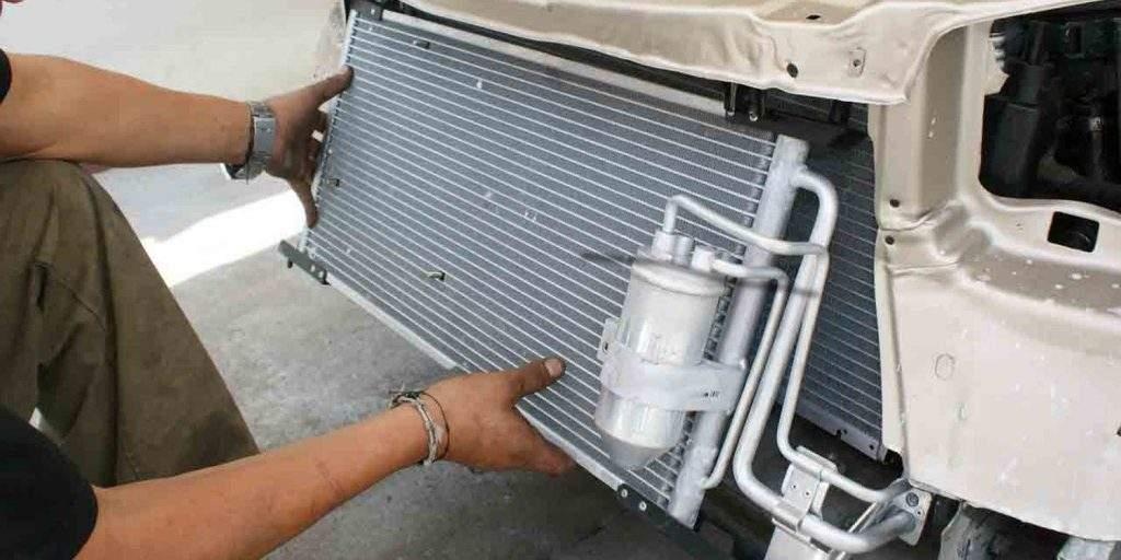 Limpiar el radiador del coche