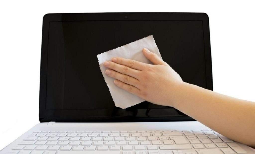 Limpiar pantalla portátil