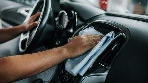 Cómo limpiar interior coche