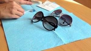 Cómo limpiar gafas de sol