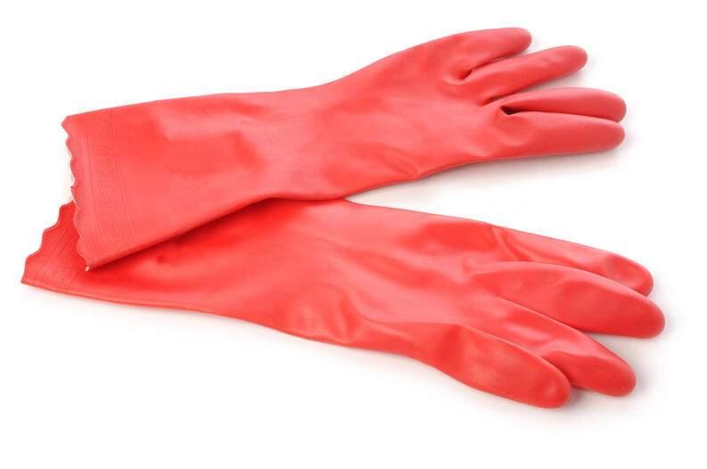 Cómo limpiar guantes de goma