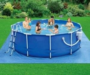 cómo limpiar fondo piscina desmontable