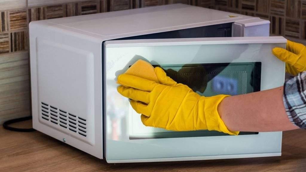 Cómo limpiar microondas