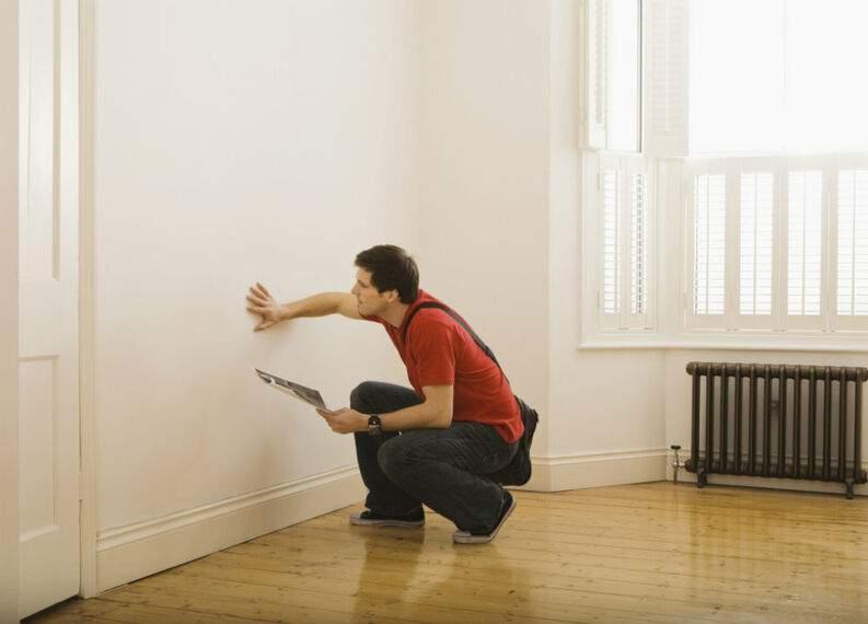 Cómo limpiar paredes blancas